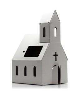 casagami kerk met zonnepaneel