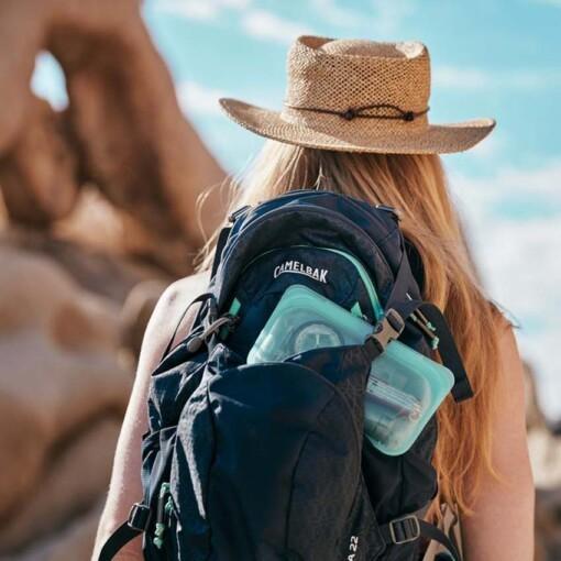 stasher snackbag aqua backpack